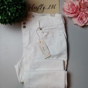 [Torrid] White Flare Jeans